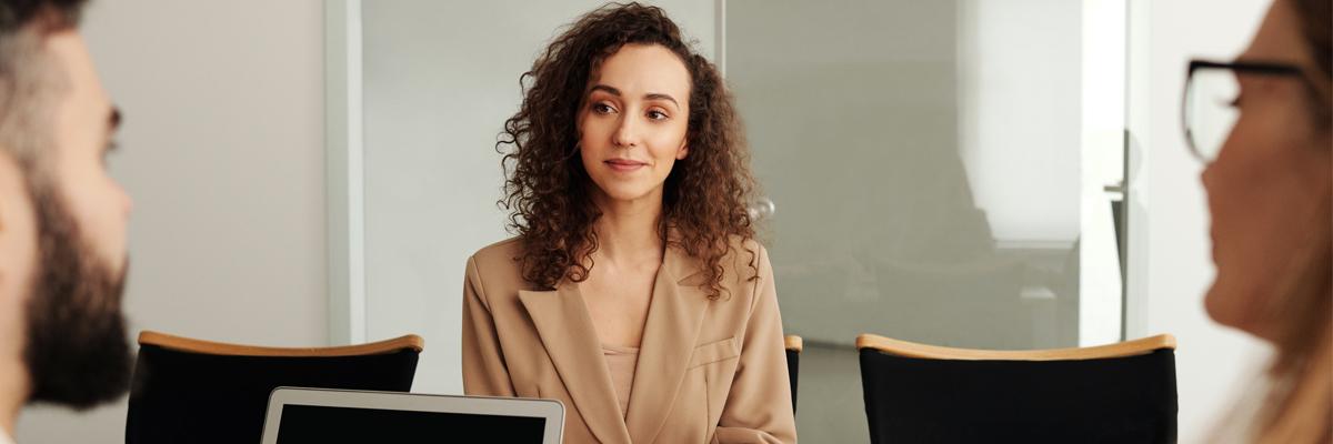 Cómo-reclutar-agentes-inmobiliarios-consejos-para-captar-y-retener-a-los-mejores