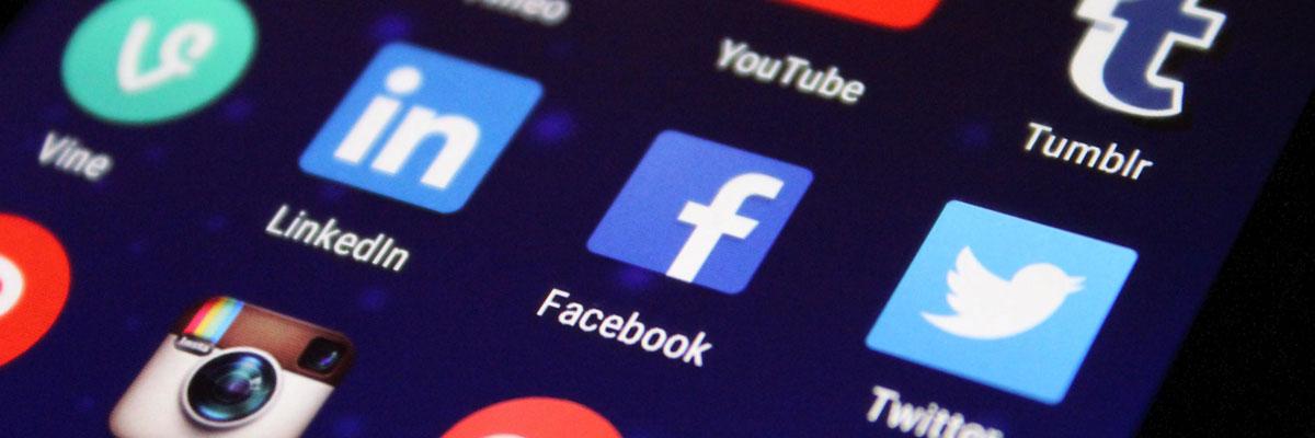 redes sociales en una agencia inmobiliaria